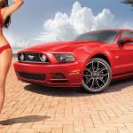 Реклама Ford Mustang в спортивном журнале