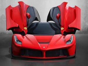 LaFerrari - самая быстрая Ferrari