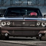 Wheelsandmore и маслкар Dodge Charger GTS/R